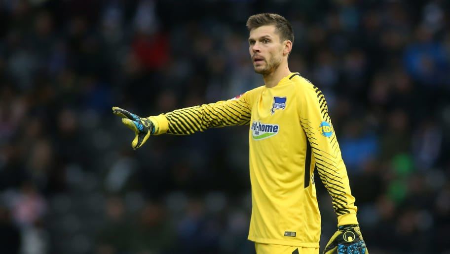 BERLIN, GERMANY - OCTOBER 28: Goalkeeper Rune Jarstein of Hertha BSC reacts during the Bundesliga match between Hertha BSC and Hamburger SV at Olympiastadion on October 28, 2017 in Berlin, Germany. (Photo by Selim Sudheimer/Bongarts/Getty Images )