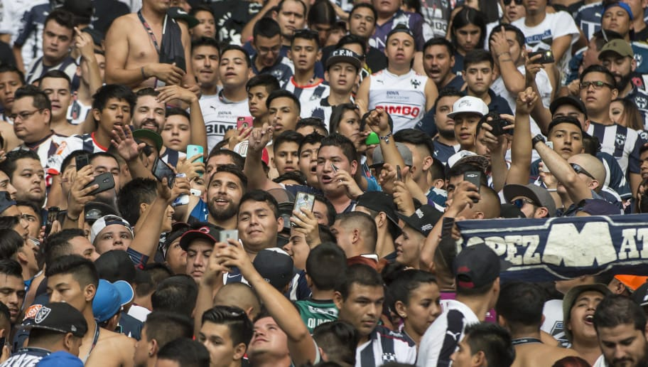 MONTEREY, MEXICO - JULY 16:  Jonathan Orozco, goalkeeper of Monterrey, takes selfies with fans during the 1st round match between Monterrey and Puebla as part of the Torneo Apertura 2016 Liga MX at BBVA Bancomer Stadium on July 16, 2016 in Monterrey, Mexico. (Photo by Azael Rodriguez/LatinContent/Getty Images)