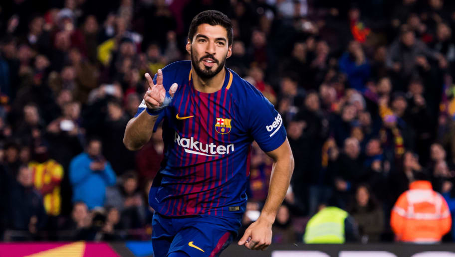 BARCELONA, SPAIN - FEBRUARY 01: Luis Suarez of FC Barcelona celebrates scoring the opening goal during the Copa del Rey semi-final first leg match between FC Barcelona and Valencia CF at Camp Nou on February 1, 2018 in Barcelona, Spain. (Photo by Alex Caparros/Getty Images)