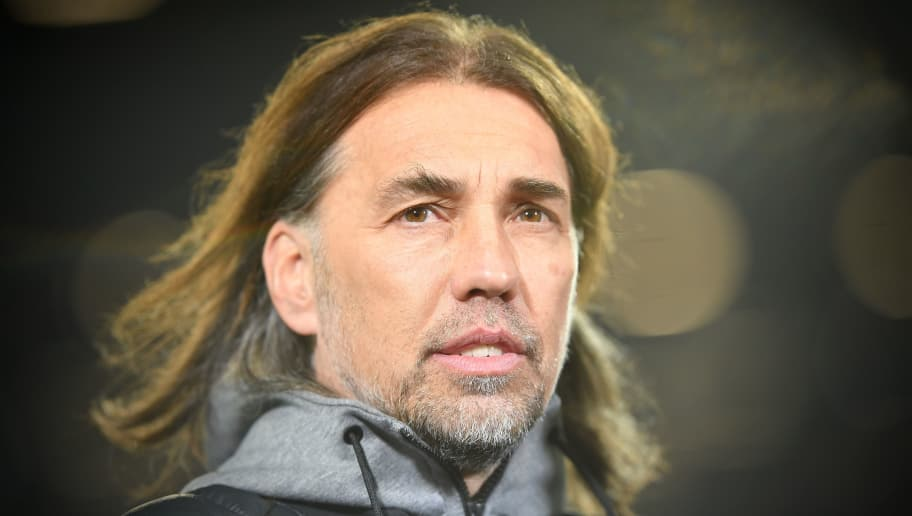 HANOVER, GERMANY - JANUARY 28:  Martin Schmidt, head coach of Wolfsburg looks on during the Bundesliga match between Hannover 96 and VfL Wolfsburg at HDI-Arena on January 28, 2018 in Hanover, Germany.  (Photo by Stuart Franklin/Bongarts/Getty Images)