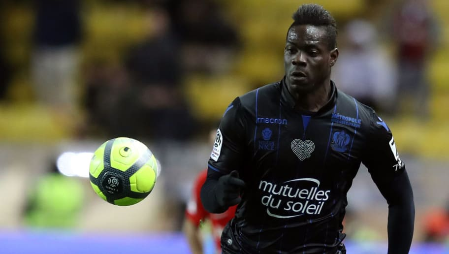 Nice's Italian forward Mario Balotelli eyes the ball during the French L1 football match Monaco vs Nice on January 16, 2018 at the 'Louis II Stadium' in Monaco.   / AFP PHOTO / VALERY HACHE        (Photo credit should read VALERY HACHE/AFP/Getty Images)