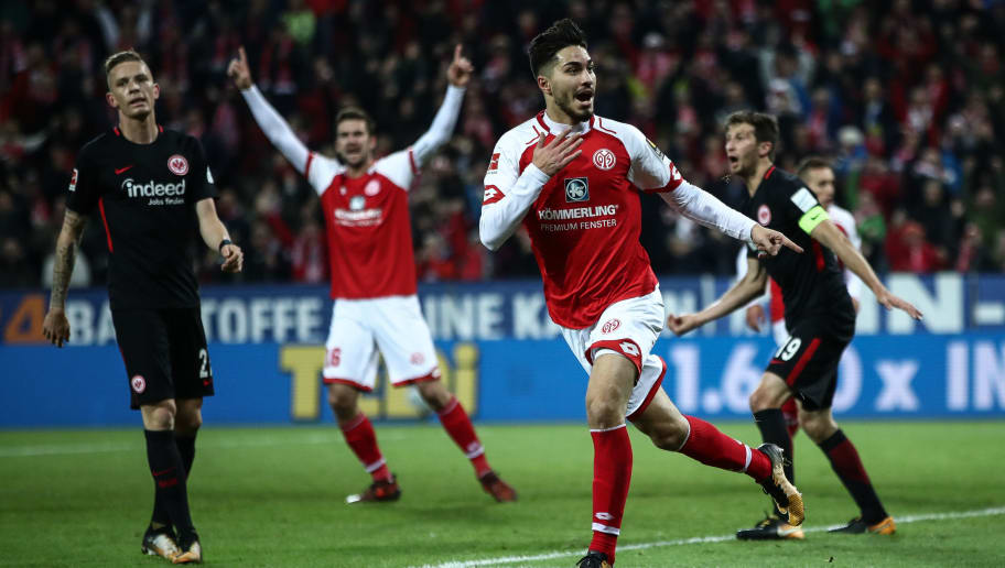 MAINZ, GERMANY - OCTOBER 27: Suat Serdar of Mainz celebrates after scoring the equalizing goal to make it 1-1 during the Bundesliga match between 1. FSV Mainz 05 and Eintracht Frankfurt at Opel Arena on October 27, 2017 in Mainz, Germany. (Photo by Alex Grimm/Bongarts/Getty Images)