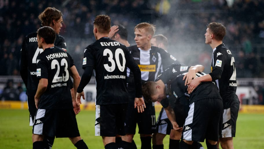 MOENCHENGLADBACH, GERMANY - JANUARY 20:  Thorgan Hazard of Moenchengladbach celebrates after scoring his teams second goal during the Bundesliga match between Borussia Moenchengladbach and FC Augsburg at Borussia-Park on January 20, 2018 in Moenchengladbach, Germany.  (Photo by Lars Baron/Bongarts/Getty Images)