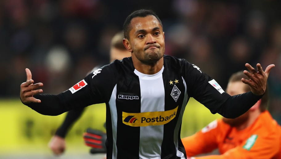 COLOGNE, GERMANY - JANUARY 14:  Raffael of Borussia Monchengladbach celebrates scoring his teams first goal of the game during the Bundesliga match between 1. FC Koeln and Borussia Moenchengladbach at RheinEnergieStadion on January 14, 2018 in Cologne, Germany.  (Photo by Dean Mouhtaropoulos/Bongarts/Getty Images)