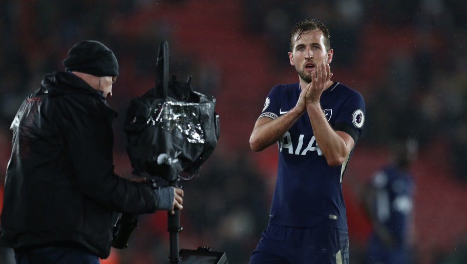 SOUTHAMPTON, ENGLAND - JANUARY 21: Harry Kane of Tottenham Hotspur applauds as he is filmed by the televisin camera after the Premier League match between Southampton and Tottenham Hotspur at St Mary's Stadium on January 21, 2018 in Southampton, England. (Photo by Catherine Ivill/Getty Images)
