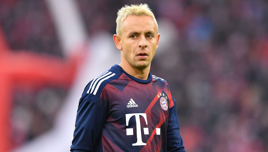 MUNICH, GERMANY - NOVEMBER 18: Rafinha of Bayern Muenchen with blond hair before the Bundesliga match between FC Bayern Muenchen and FC Augsburg at Allianz Arena on November 18, 2017 in Munich, Germany. (Photo by Sebastian Widmann/Bongarts/Getty Images)