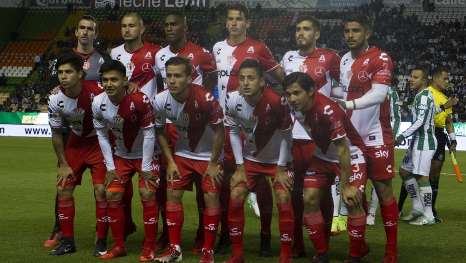 LEON, MEXICO - JANUARY 27: Players of Necaxa pose for a photo prior the 4th round match between Leon and Necaxa as part of the Torneo Clausura 2018 Liga MX at Leon Stadium on January 27, 2018 in Leon, Mexico. (Photo by Leopoldo Smith/Getty Images)