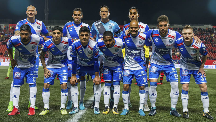 TIJUANA, MEXICO - JANUARY 26: Players of Puebla pose prior to the 4th round match between Tijuana and Puebla as part of the Torneo Clausura 2018 Liga MX at Caliente Stadium on January 26, 2018 in Tijuana, Mexico. (Photo by David Garrido/Getty Images)
