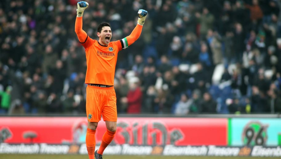 HANOVER, GERMANY - FEBRUARY 10: Goalkeeper Philipp Tschauner of Hannover 96 celebrates his team's first goal scoring during the Bundesliga match between Hannover 96 and Sport-Club Freiburg at HDI-Arena on February 10, 2018 in Hanover, Germany. (Photo by Selim Sudheimer/Bongarts/Getty Images)
