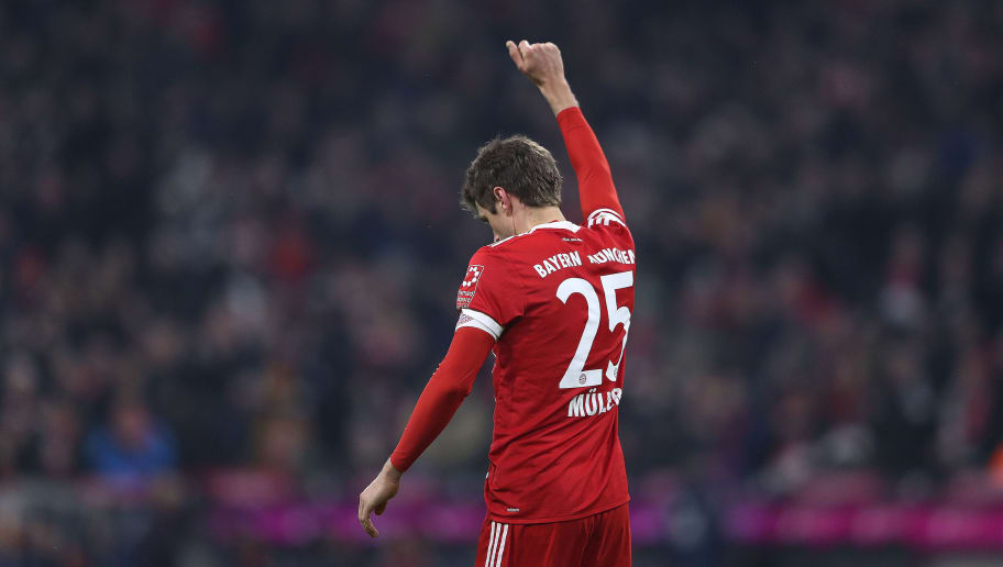 MUNICH, GERMANY - FEBRUARY 10: Thomas Mueller of Bayern Muenchen celebrates after he scored a goal to make it 2:1 during the Bundesliga match between FC Bayern Muenchen and FC Schalke 04 at Allianz Arena on February 10, 2018 in Munich, Germany. (Photo by Alex Grimm/Bongarts/Getty Images)