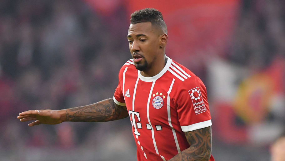 MUNICH, GERMANY - JANUARY 27: Jerome Boateng of Muenchen plays the ball during the Bundesliga match between FC Bayern Muenchen and TSG 1899 Hoffenheim at Allianz Arena on January 27, 2018 in Munich, Germany. (Photo by Sebastian Widmann/Bongarts/Getty Images)