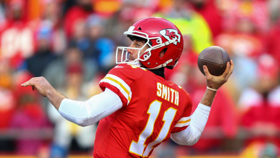 KANSAS CITY, MO - JANUARY 6: Quarterback Alex Smith #11 of the Kansas City Chiefs throws a pass during the first quarter of the AFC Wild Card Playoff Game against the Tennessee Titans at Arrowhead Stadium on January 6, 2018 in Kansas City, Missouri. (Photo by Dilip Vishwanat/Getty Images)