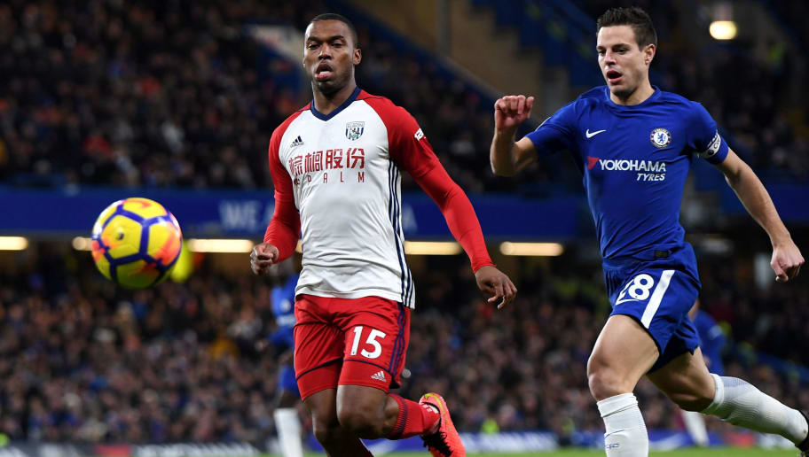 LONDON, ENGLAND - FEBRUARY 12: Daniel Sturridge of West Bromwich Albion is challenged by Cesar Azpilicueta of Chelsea during the Premier League match between Chelsea and West Bromwich Albion at Stamford Bridge on February 12, 2018 in London, England.  (Photo by Mike Hewitt/Getty Images)