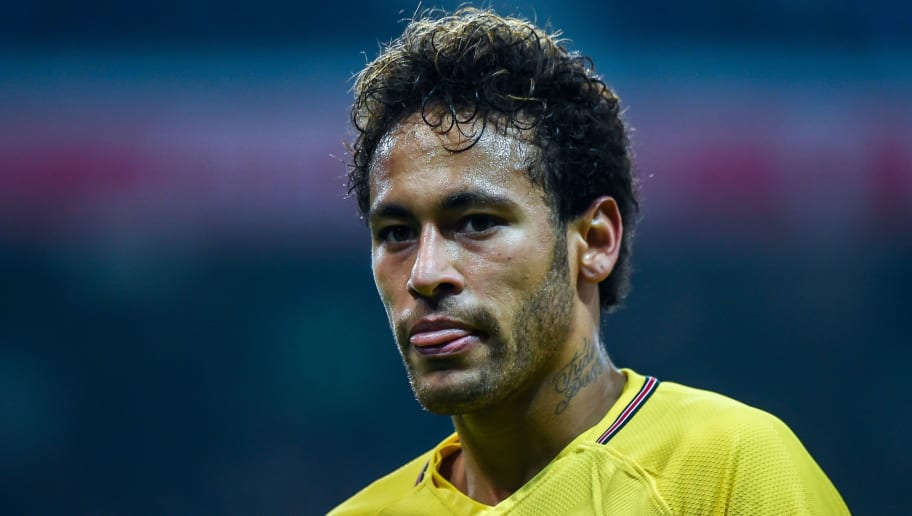 Paris Saint-Germain's Brazilian forward Neymar reacts during the French L1 football match Lille versus PSG on February 3, 2018 at the Pierre Mauroy Stadium in Villeneuve d'Ascq, northern france. / AFP PHOTO / PHILIPPE HUGUEN        (Photo credit should read PHILIPPE HUGUEN/AFP/Getty Images)