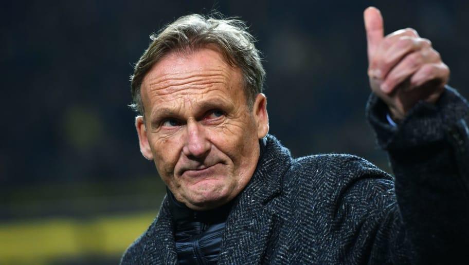 Dortmund´s CEO Hans-Joachim Watzke reacts prior to the UEFA Champions League Group H match between Borussia Dortmund and Tottenham Hotspur on November 21, 2017 in Dortmund, Germany. / AFP PHOTO / PATRIK STOLLARZ        (Photo credit should read PATRIK STOLLARZ/AFP/Getty Images)