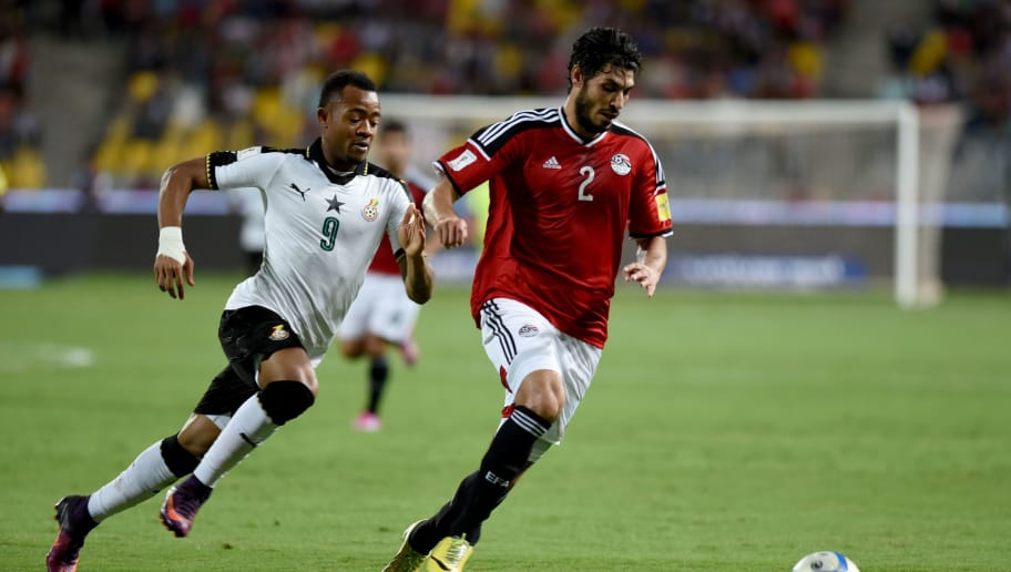 Egypt's Ali Gabr (R) vies for the ball against Ghana's Jordan Ayew during the 2018 World Cup qualifying Group E football match between Egypt and Ghana at the Borg el-Arab Stadium near Alexandria on November 13, 2016. / AFP / MOHAMED EL-SHAHED        (Photo credit should read MOHAMED EL-SHAHED/AFP/Getty Images)