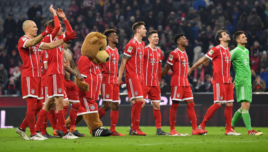 MUNICH, GERMANY - FEBRUARY 10: Players of Bayern celebrate after the Bundesliga match between FC Bayern Muenchen and FC Schalke 04 at Allianz Arena on February 10, 2018 in Munich, Germany. (Photo by Sebastian Widmann/Bongarts/Getty Images)
