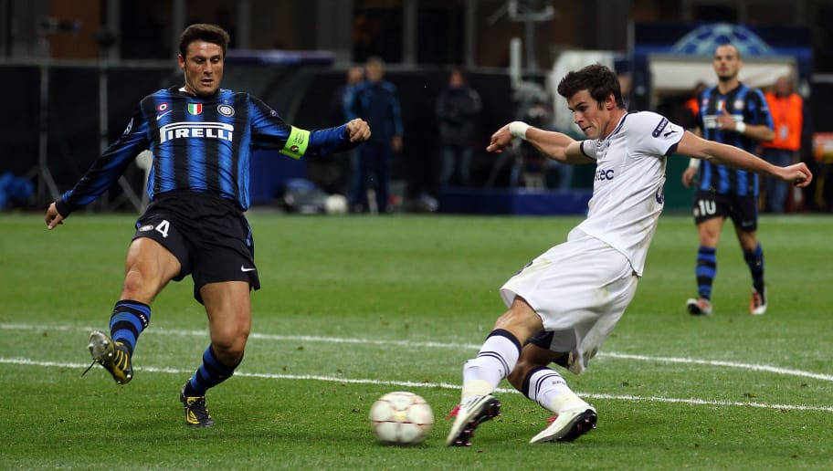 MILAN, ITALY - OCTOBER 20:  Gareth Bale of Tottenham Hotspur scores his third goal during the UEFA Champions League Group A match between FC Internazionale Milano and Tottenham Hotspur at the Stadio Giuseppe Meazza on October 20, 2010 in Milan, Italy.  (Photo by Clive Rose/Getty Images)