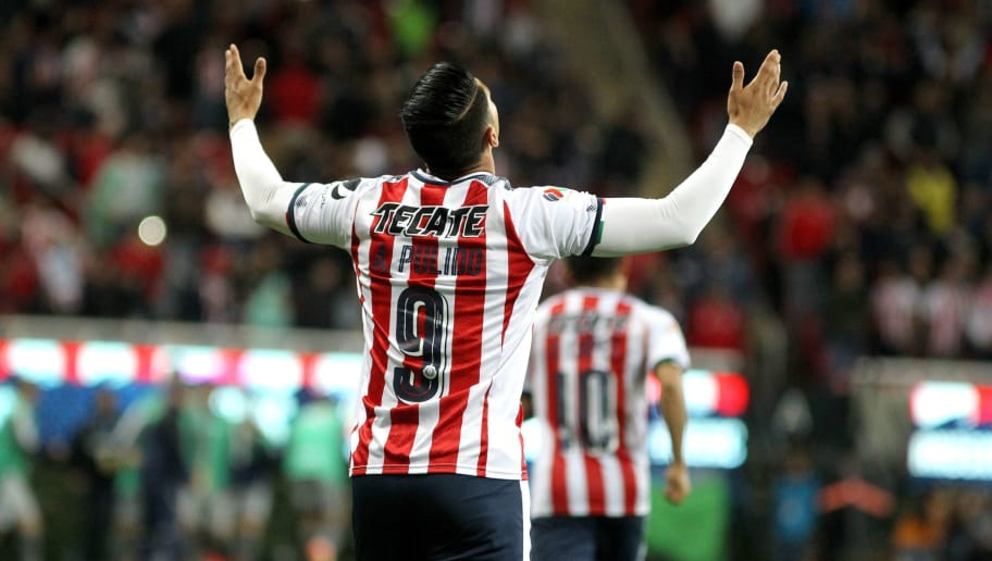 Alan Pulido of Guadalajara celebrates his goal against of Monterrey during their Mexican Clausura 2018 tournament football match at the Jalisco stadium in Akron, Jalisco State, on January 27, 2018. / AFP PHOTO / ULISES RUIZ        (Photo credit should read ULISES RUIZ/AFP/Getty Images)