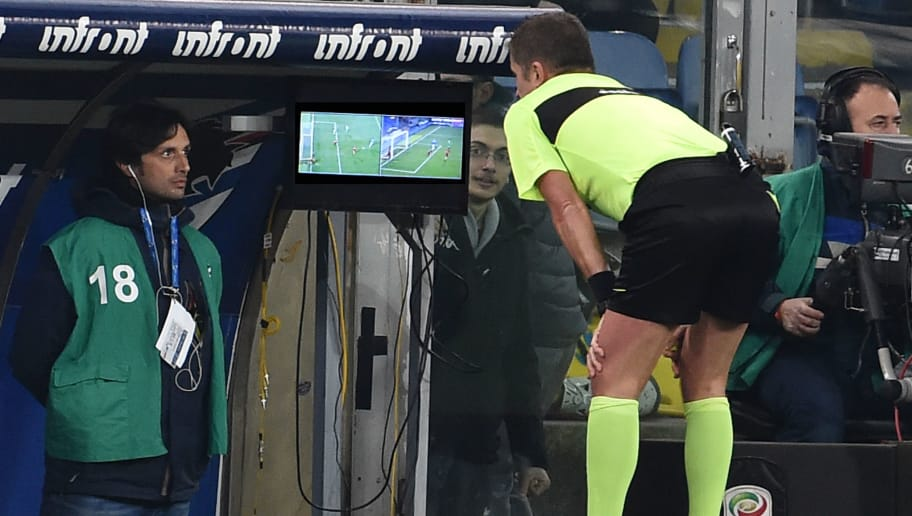 GENOA, GE - JANUARY 24:  Referee Orsato after seeing the VAR assigns the penalty to Sampdoria during the Serie A match between UC Sampdoria and AS Roma on January 24, 2018 in Genoa, Italy.  (Photo by Paolo Rattini/Getty Images)