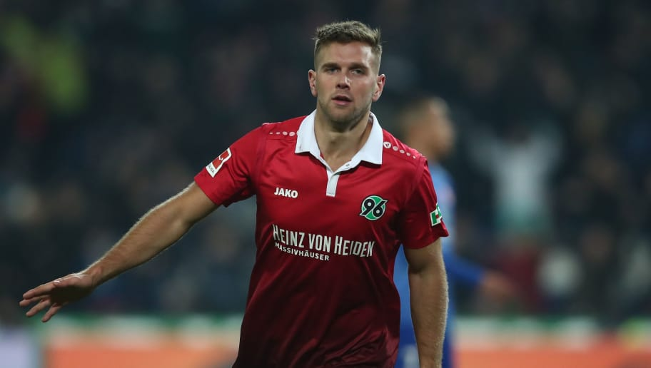 HANOVER, GERMANY - JANUARY 13:  Niclas Fuellkrug of Hannover celebrate after his third goal during the Bundesliga match between Hannover 96 and 1. FSV Mainz 05 at HDI-Arena on January 13, 2018 in Hanover, Germany.  (Photo by Oliver Hardt/Bongarts/Getty Images)