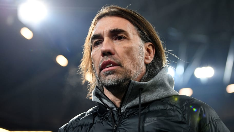 GELSENKIRCHEN, GERMANY - FEBRUARY 07:  Martin Schmidt, head coach of Wolfsburg looks on before the DFB Cup quarter final match between FC Schalke 04 and VfL Wolfsburg at Veltins-Arena on February 7, 2018 in Gelsenkirchen, Germany.  (Photo by Stuart Franklin/Bongarts/Getty Images)