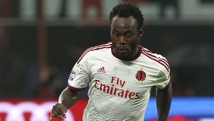 MILAN, ITALY - NOVEMBER 05:  Michael Essien of AC Milan in action during Luigi Berlusconi Trophy at Stadio Giuseppe Meazza on November 5, 2014 in Milan, Italy.  (Photo by Marco Luzzani/Getty Images)