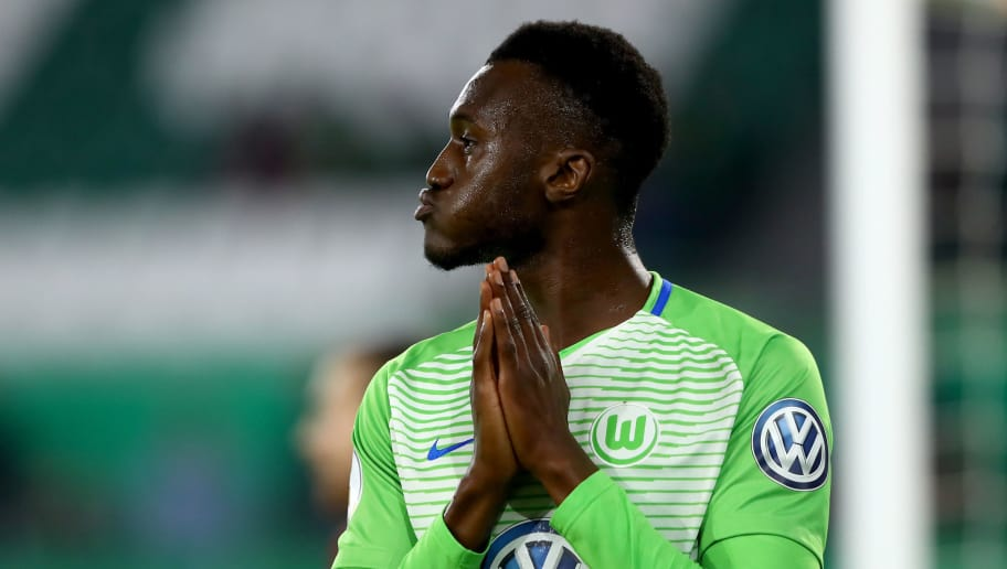 WOLFSBURG, GERMANY - OCTOBER 25:  Joshua Guilavogui of Wolfsburg reacts after he faisl to score a goal during the DFB Cup match between VfL Wolfsburg and Hannover 96 at Volkswagen Arena on October 25, 2017 in Wolfsburg, Germany.  (Photo by Martin Rose/Bongarts/Getty Images)