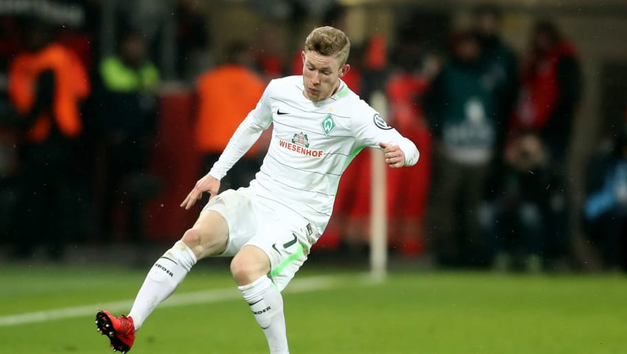 LEVERKUSEN, GERMANY - FEBRUARY 06: Florian Kainz of Bremen runs with the ball the DFB Cup quarter final match between Bayer Leverkusen and Werder Bermen at BayArena on February 6, 2018 in Leverkusen, Germany. The match between Leverkusen and Bremen ended 4-2 after extra time. (Photo by Christof Koepsel/Bongarts/Getty Images)