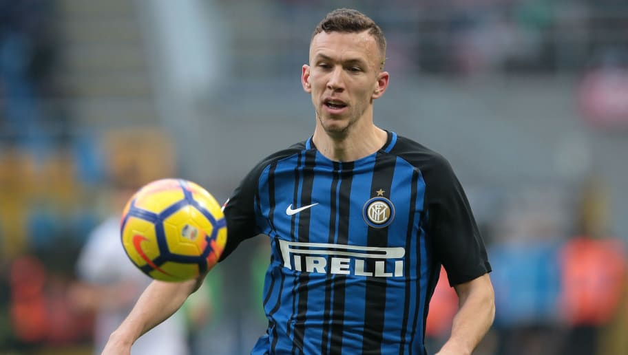 MILAN, ITALY - FEBRUARY 11:  Ivan Perisic of FC Internazionale Milano looks the ball during the serie A match between FC Internazionale and Bologna FC at Stadio Giuseppe Meazza on February 11, 2018 in Milan, Italy.  (Photo by Emilio Andreoli/Getty Images)
