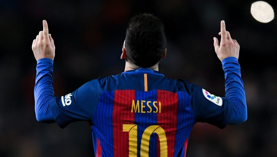 BARCELONA, SPAIN - DECEMBER 18:  Lionel Messi of FC Barcelona celebrates after scoring his team's fourth goal during the La Liga match between FC Barcelona and RCD Espanyol at the Camp Nou stadium on December 18, 2016 in Barcelona, Spain. (Photo by David Ramos/Getty Images)