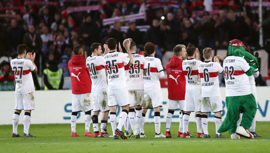 STUTTGART, GERMANY - FEBRUARY 11: Players of Stuttgart applaud to the fans after the Bundesliga match between VfB Stuttgart and Borussia Moenchengladbach at Mercedes-Benz Arena on February 11, 2018 in Stuttgart, Germany.  (Photo by Alex Grimm/Bongarts/Getty Images)