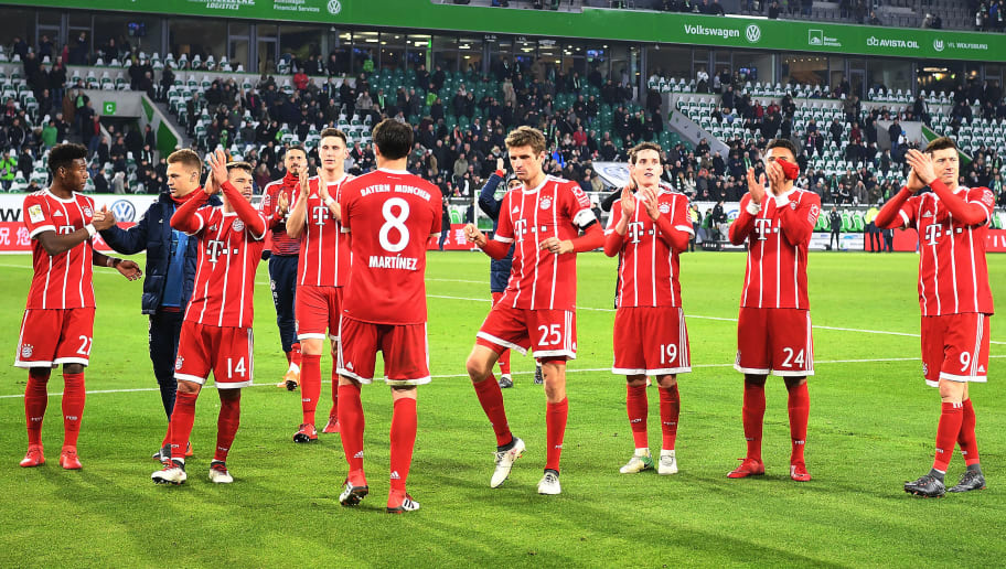 WOLFSBURG, GERMANY - FEBRUARY 17: Players of Muenchen celebrate after the Bundesliga match between VfL Wolfsburg and FC Bayern Muenchen at Volkswagen Arena on February 17, 2018 in Wolfsburg, Germany. (Photo by Stuart Franklin/Bongarts/Getty Images)