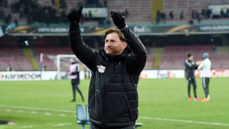 NAPLES, ITALY - FEBRUARY 15:  Coach of RB Leipzig Ralph Hasenhuttl celebrates the victory after UEFA Europa League Round of 32 match between Napoli and RB Leipzig at the Stadio San Paolo on February 15, 2018 in Naples, Italy.  (Photo by Francesco Pecoraro/Getty Images)