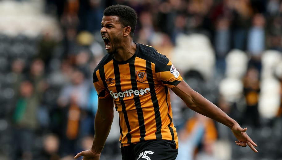 HULL, ENGLAND - SEPTEMBER 30:  Fraizer Campbell of Hull City celebrates scoring during the Sky Bet Championship match between Hull City and Birmingham City at KCOM Stadium on September 30, 2017 in Hull, England. (Photo by Nigel Roddis/Getty Images)