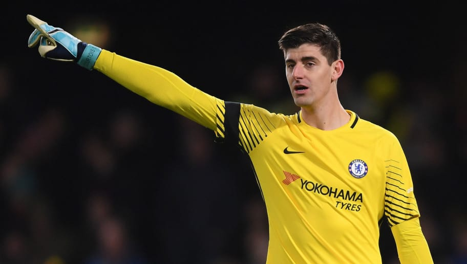 LONDON, ENGLAND - NOVEMBER 29:  Thibout Courtois of Chelsea shouts instructions during the Premier League match between Chelsea and Swansea City at Stamford Bridge on November 29, 2017 in London, England.  (Photo by Mike Hewitt/Getty Images)