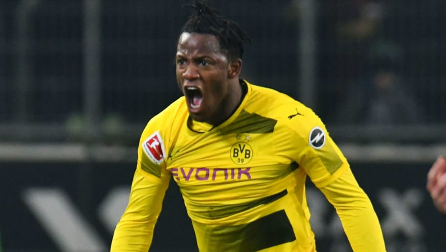 Dortmund's Belgian striker Michy Batshuayi reacts during the German first division Bundesliga football match Borussia Moenchengladbach vs BVB Borussia Dortmund, in Moenchengladbach, western Germany, on February 18, 2018. / AFP PHOTO / Patrik STOLLARZ / RESTRICTIONS: DURING MATCH TIME: DFL RULES TO LIMIT THE ONLINE USAGE TO 15 PICTURES PER MATCH AND FORBID IMAGE SEQUENCES TO SIMULATE VIDEO. == RESTRICTED TO EDITORIAL USE == FOR FURTHER QUERIES PLEASE CONTACT DFL DIRECTLY AT + 49 69 650050         (Photo credit should read PATRIK STOLLARZ/AFP/Getty Images)
