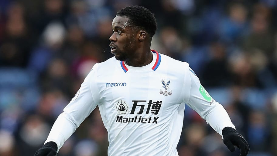 LEICESTER, ENGLAND - DECEMBER 16:  Jeffrey Schlupp of Crystal Palace in action during the Premier League match between Leicester City and Crystal Palace at The King Power Stadium on December 16, 2017 in Leicester, England.  (Photo by Matthew Lewis/Getty Images)