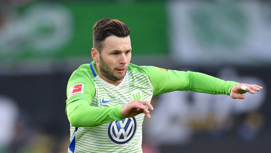 WOLFSBURG, GERMANY - FEBRUARY 03:  Renato Steffen of Wolfsburg in action during the Bundesliga match between VfL Wolfsburg and VfB Stuttgart at Volkswagen Arena on February 3, 2018 in Wolfsburg, Germany.  (Photo by Stuart Franklin/Bongarts/Getty Images)