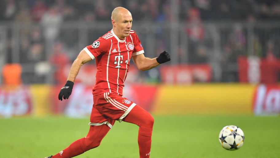 MUNICH, GERMANY - FEBRUARY 20: Arjen Robben of Bayern Muenchen plays the ball during the UEFA Champions League Round of 16 First Leg match between Bayern Muenchen and Besiktas at Allianz Arena on February 20, 2018 in Munich, Germany. (Photo by Sebastian Widmann/Bongarts/Getty Images)