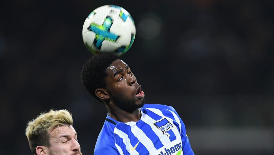 BREMEN, GERMANY - JANUARY 27:  Jordan Torunarigha of Berlin is chllenged by Jerome Gondorf of Bremen during the Bundesliga match between SV Werder Bremen and Hertha BSC at Weserstadion on January 27, 2018 in Bremen, Germany.  (Photo by Stuart Franklin/Bongarts/Getty Images)
