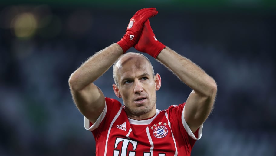 Bayern Munich's Dutch midfielder Arjen Robben applauds the fans after the German first division Bundesliga football match VfL Wolfsburg vs FC Bayern Munich at Volkswagen Arena on February 17, 2018 in Wolfsburg, Germany. / AFP PHOTO / Ronny Hartmann / RESTRICTIONS: DURING MATCH TIME: DFL RULES TO LIMIT THE ONLINE USAGE TO 15 PICTURES PER MATCH AND FORBID IMAGE SEQUENCES TO SIMULATE VIDEO. == RESTRICTED TO EDITORIAL USE == FOR FURTHER QUERIES PLEASE CONTACT DFL DIRECTLY AT + 49 69 650050         (Photo credit should read RONNY HARTMANN/AFP/Getty Images)