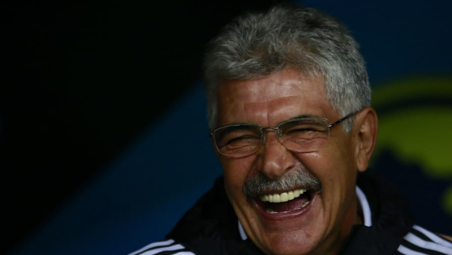 MEXICO CITY, MEXICO - JULY 30:  Ricardo Ferretti coach of Tigres reacts during the 3rd round match between America and Tigres UANL as part of the Torneo Apertura 2016 Liga MX at Azteca Stadium on July 30, 2016 in Mexico City, Mexico. (Photo by Miguel Tovar/LatinContent/Getty Images)