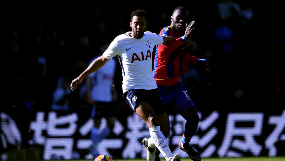 LONDON, ENGLAND - FEBRUARY 25:  Mousa Dembele of Tottenham Hotspur and Christian Benteke of Crystal Palace in action during the Premier League match between Crystal Palace and Tottenham Hotspur at Selhurst Park on February 25, 2018 in London, England.  (Photo by Steve Bardens/Getty Images)