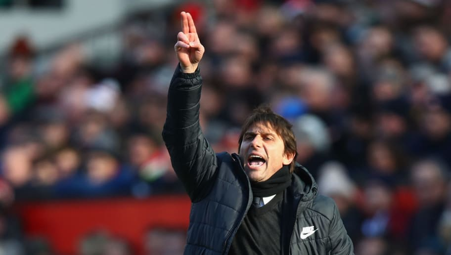 MANCHESTER, ENGLAND - FEBRUARY 25:  Chelsea manager Antonio Conte gives instructions to his team during the Premier League match between Manchester United and Chelsea at Old Trafford on February 25, 2018 in Manchester, England.  (Photo by Clive Brunskill/Getty Images)