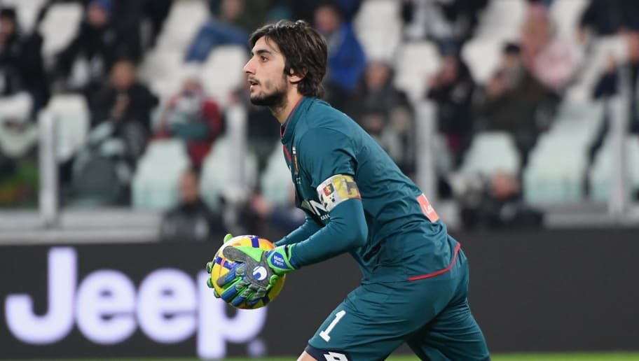TURIN, ITALY - JANUARY 22: Mattia Perin of Genoa CFC in action during the Serie A match between Juventus and Genoa CFC on January 22, 2018 in Turin, Italy.  (Photo by Alessandro Sabattini/Getty Images)