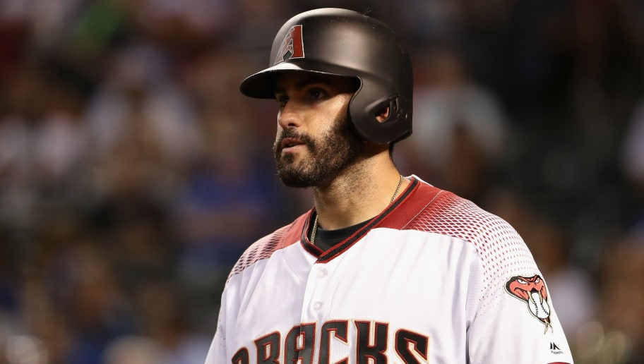 PHOENIX, AZ - AUGUST 09:  J.D. Martinez #28 of the Arizona Diamondbacks warms up on deck during the MLB game against the Los Angeles Dodgers at Chase Field on August 9, 2017 in Phoenix, Arizona.  (Photo by Christian Petersen/Getty Images)