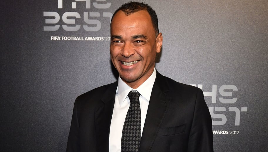 Brazil's former player Cafu poses for a photograph as he arrives for The Best FIFA Football Awards ceremony, on October 23, 2017 in London. / AFP PHOTO / Glyn KIRK        (Photo credit should read GLYN KIRK/AFP/Getty Images)