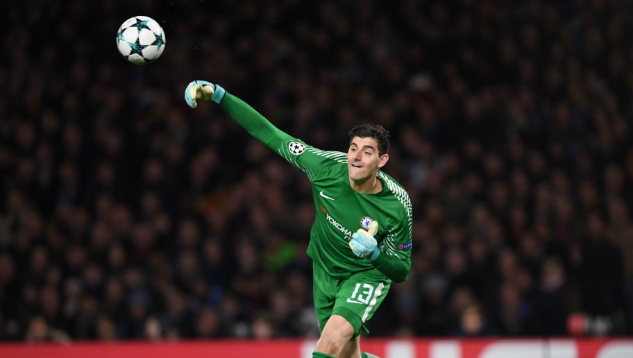LONDON, ENGLAND - DECEMBER 05:  Thibaut Courtois of Chelesa throws the ball during the UEFA Champions League group C match between Chelsea FC and Atletico Madrid at Stamford Bridge on December 05, 2017 in London, United Kingdom. (Photo by Shaun Botterill/Getty Images)