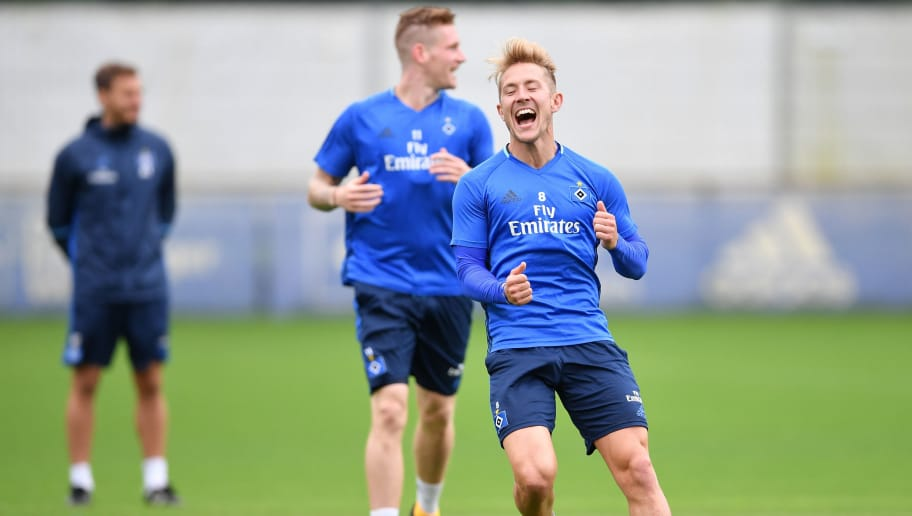 HAMBURG, GERMANY - AUGUST 31:  Lewis Holtby reacts during a training session of Hamburger SV on August 31, 2017 in Hamburg, Germany.  (Photo by Stuart Franklin/Bongarts/Getty Images)